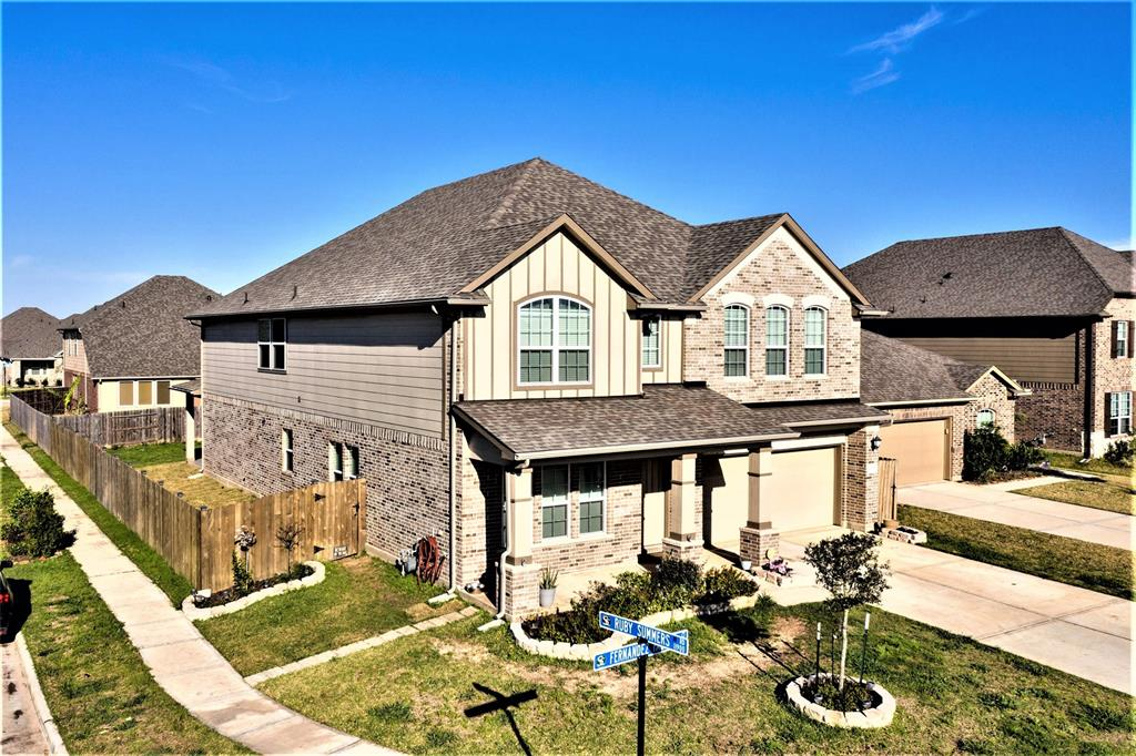 12607 Fernandez Falls Court Property Photo - Houston, TX real estate listing