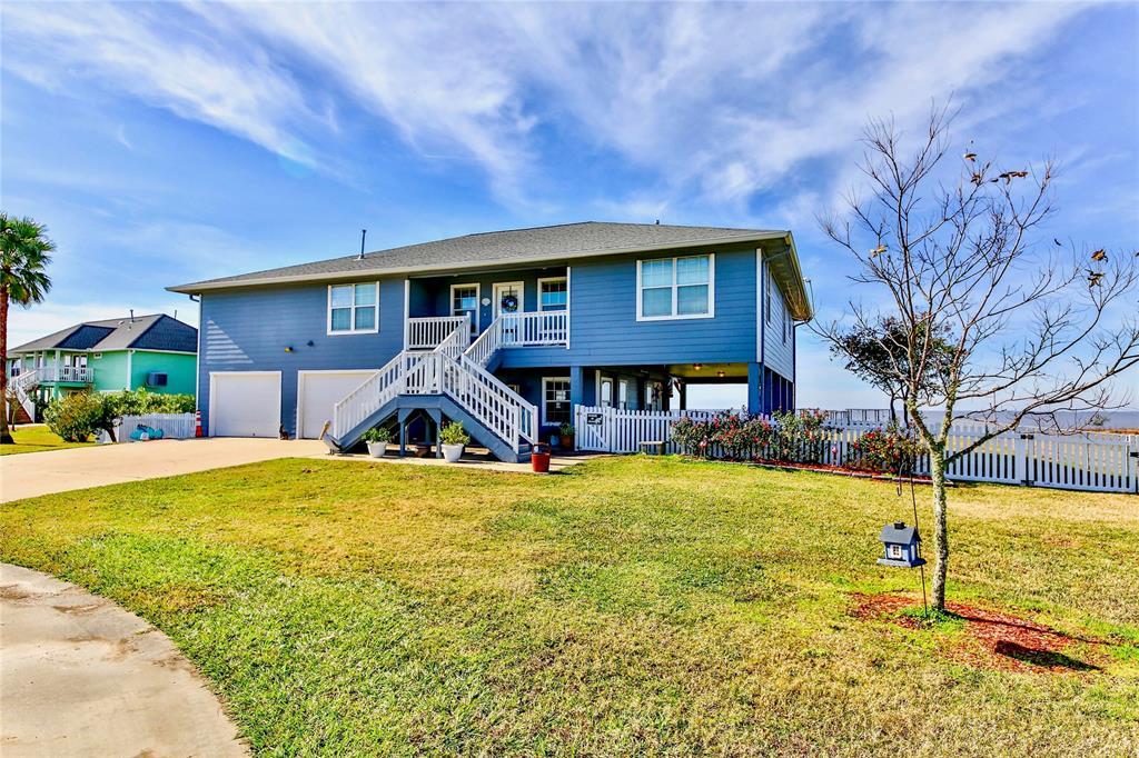 4401 W Bayshore Road, Anahuac, TX 77514 - Anahuac, TX real estate listing