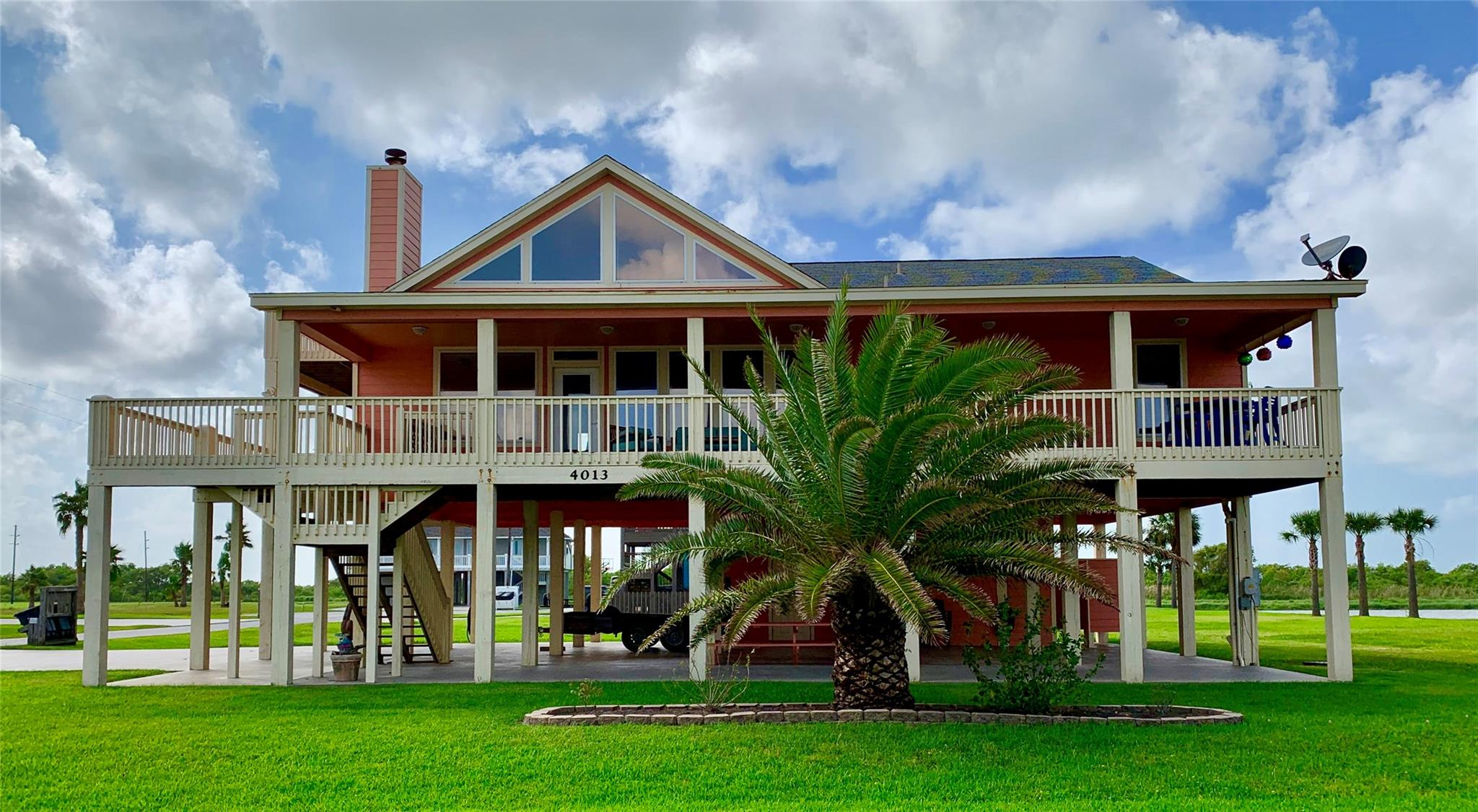 4013 Biscayne Beach Road Property Photo - Port Bolivar, TX real estate listing