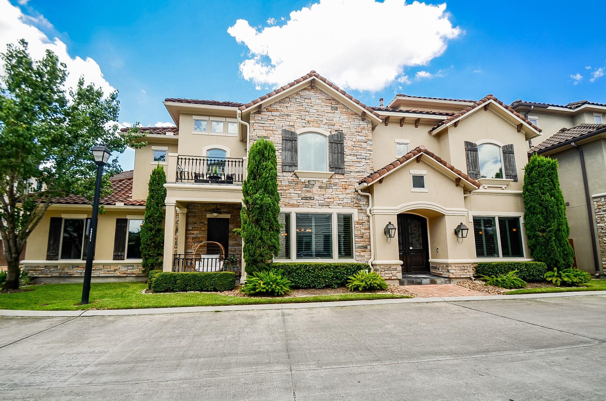 5514 Felice Drive Property Photo - Houston, TX real estate listing