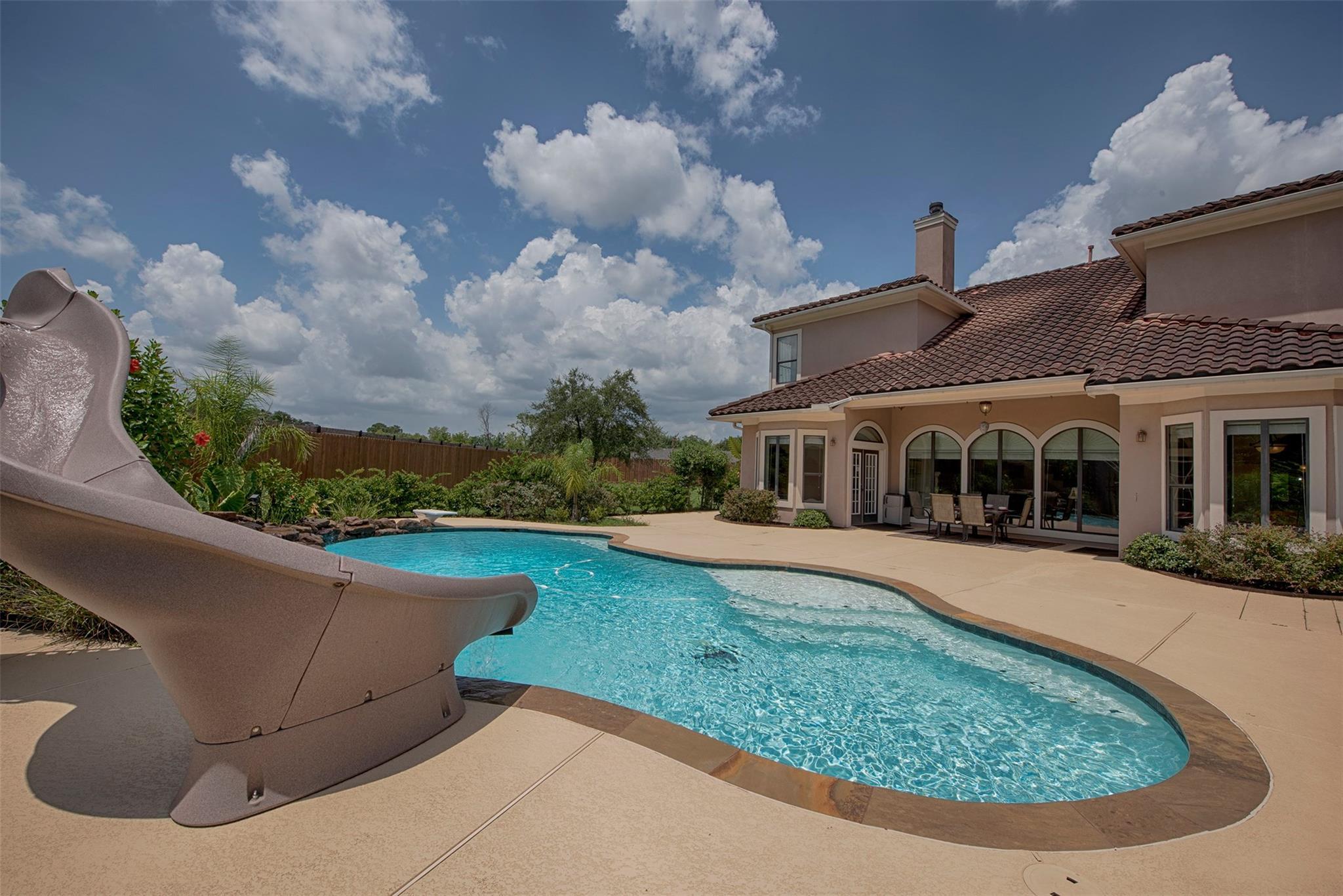2611 Leprechaun Street Property Photo - Houston, TX real estate listing
