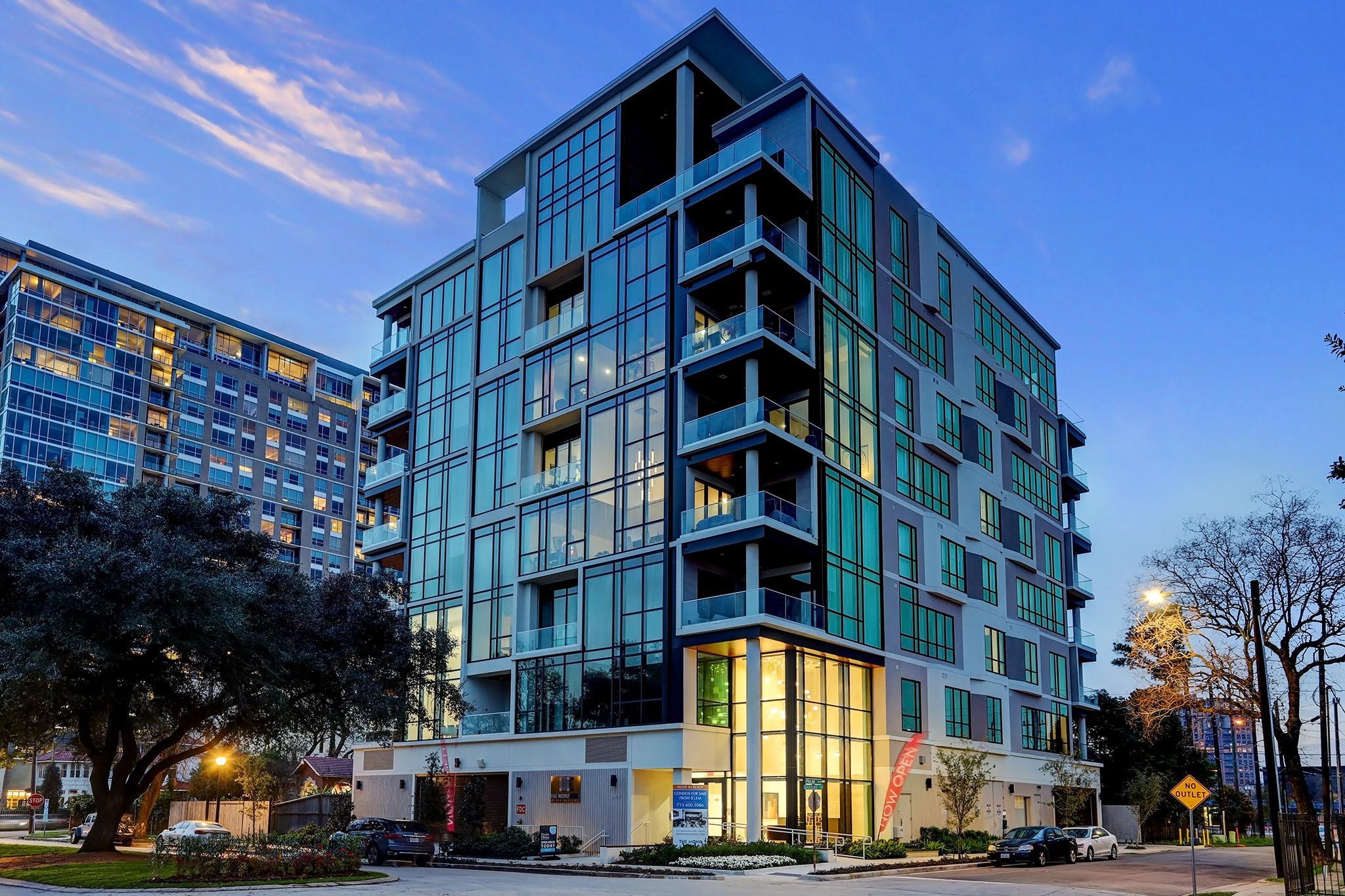 5104 Caroline Street #302 Property Photo