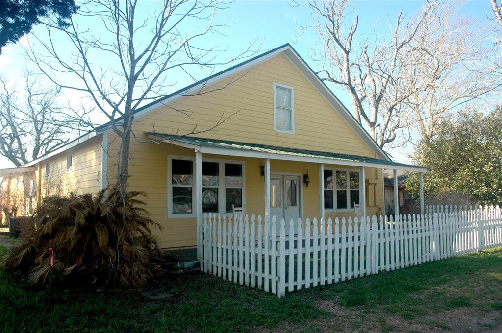 2285 Main Street, Industry, TX 78944 - Industry, TX real estate listing