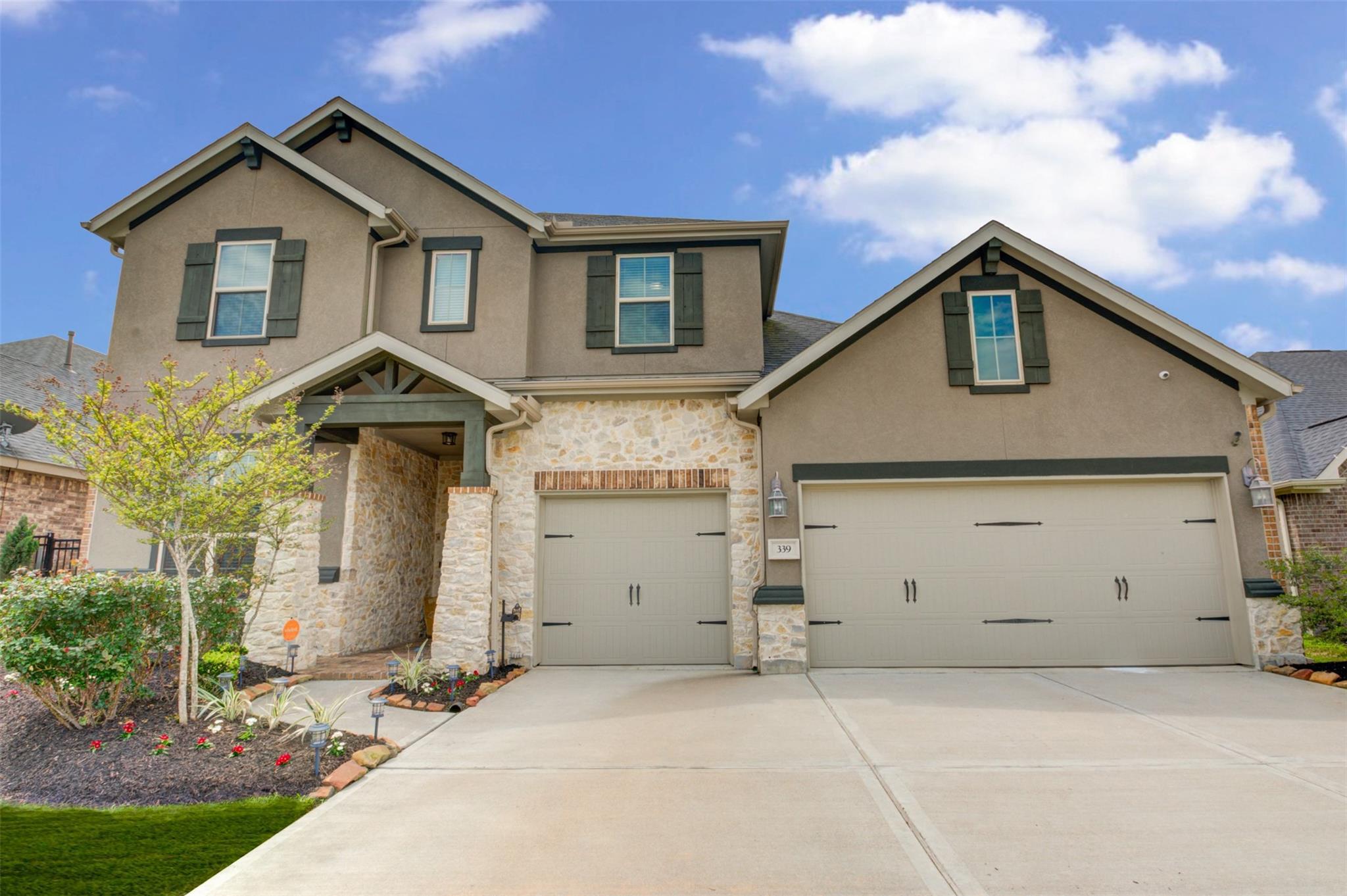 339 Summer Crescent Drive Property Photo