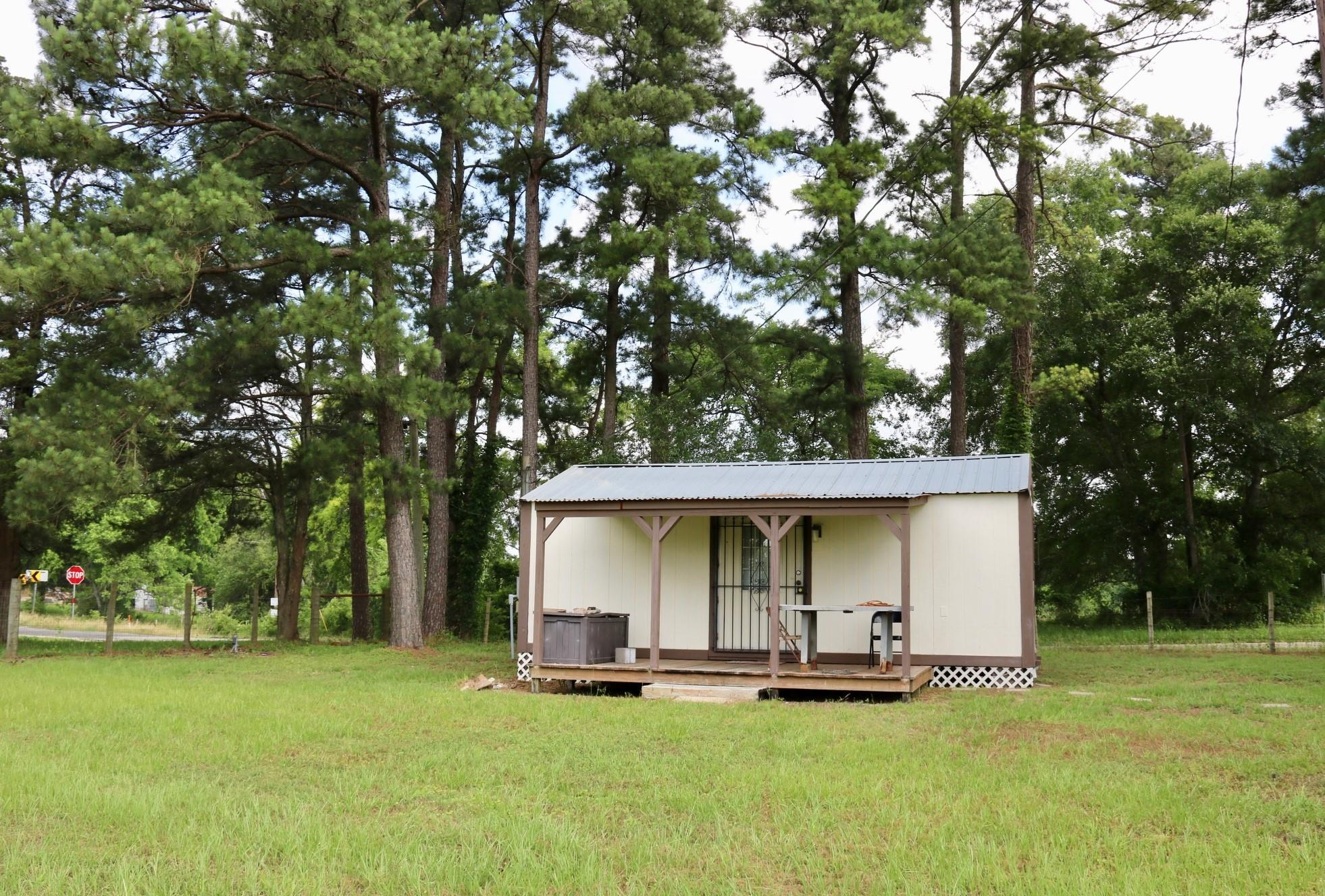 10655 Fm 149 E Property Photo