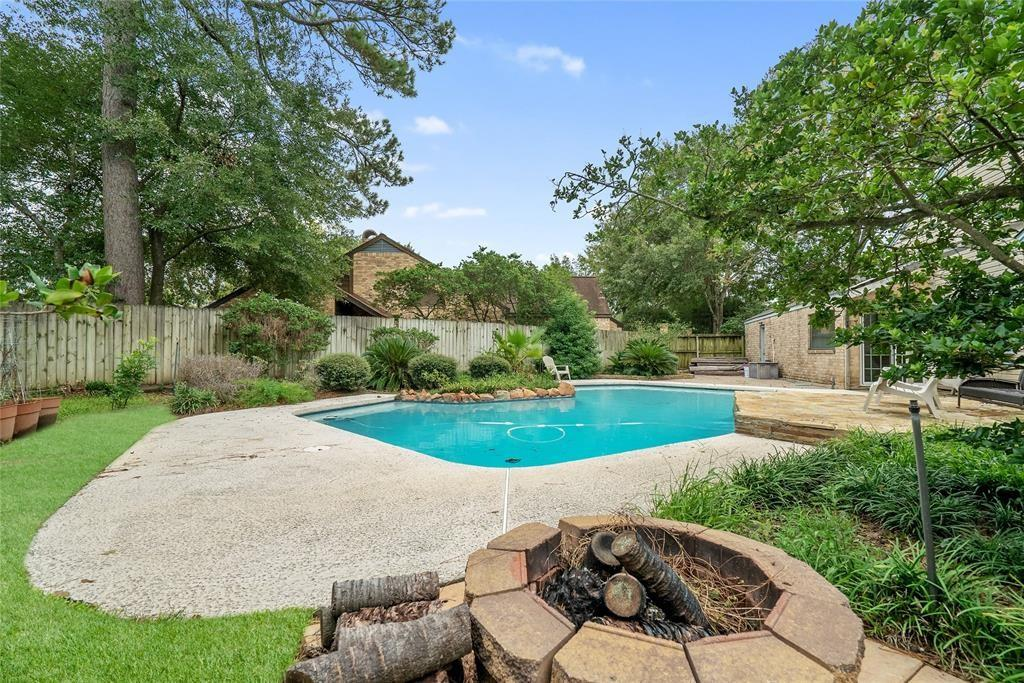 17238 Meadow Butte Drive Property Photo - Houston, TX real estate listing