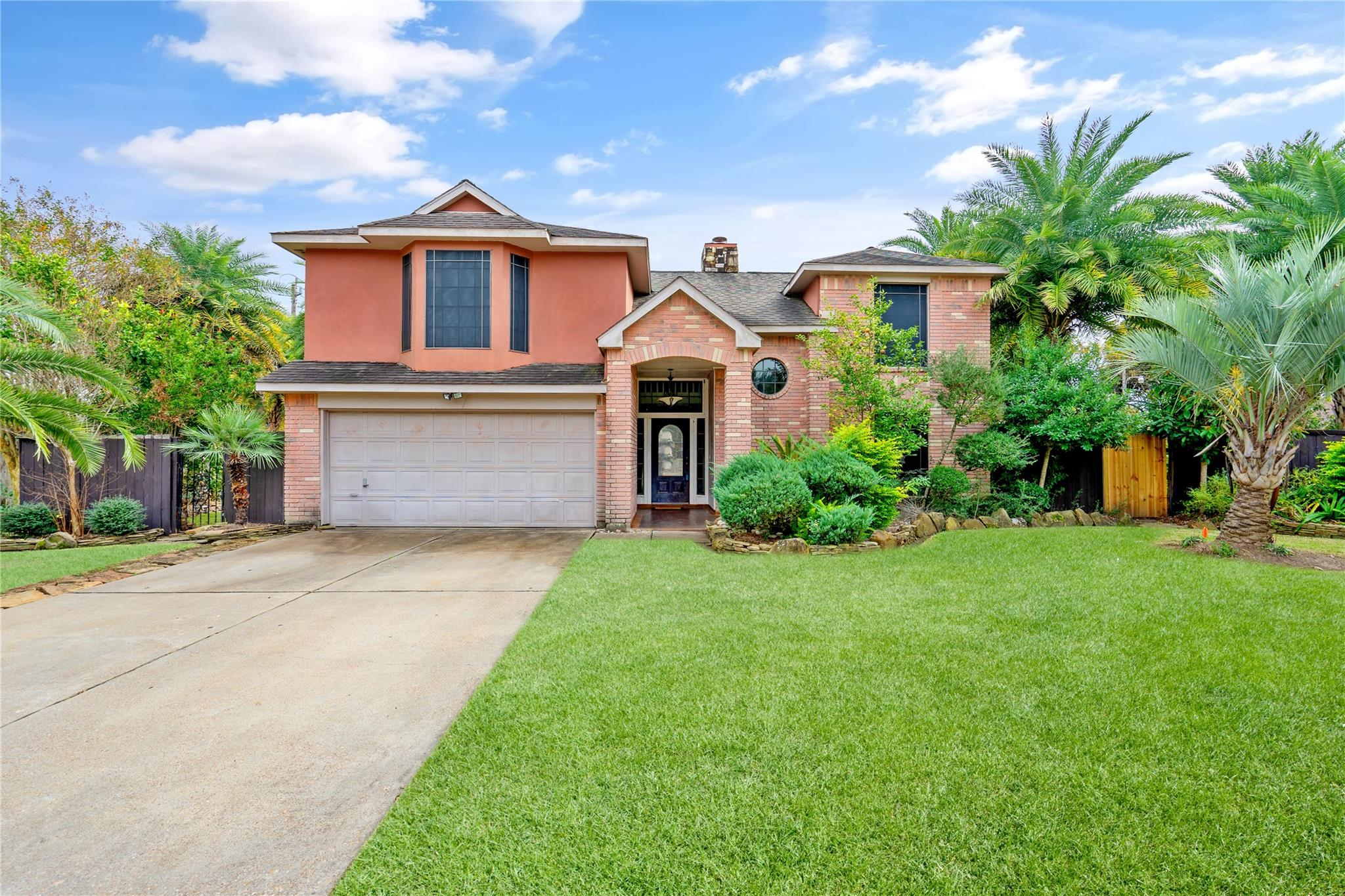 1614 Garden Park Drive Property Photo - Deer Park, TX real estate listing