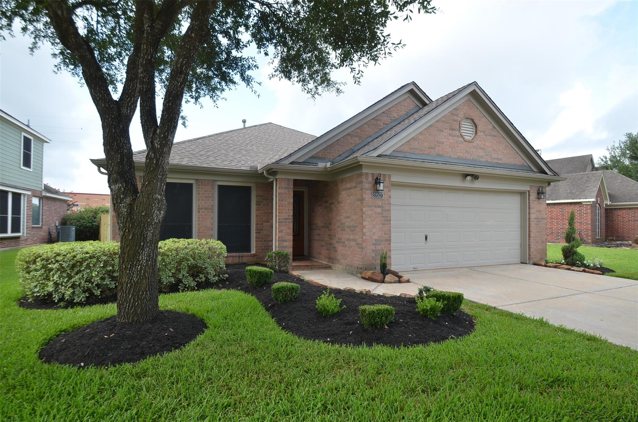 20527 Orchid Blossom Way Property Photo 1