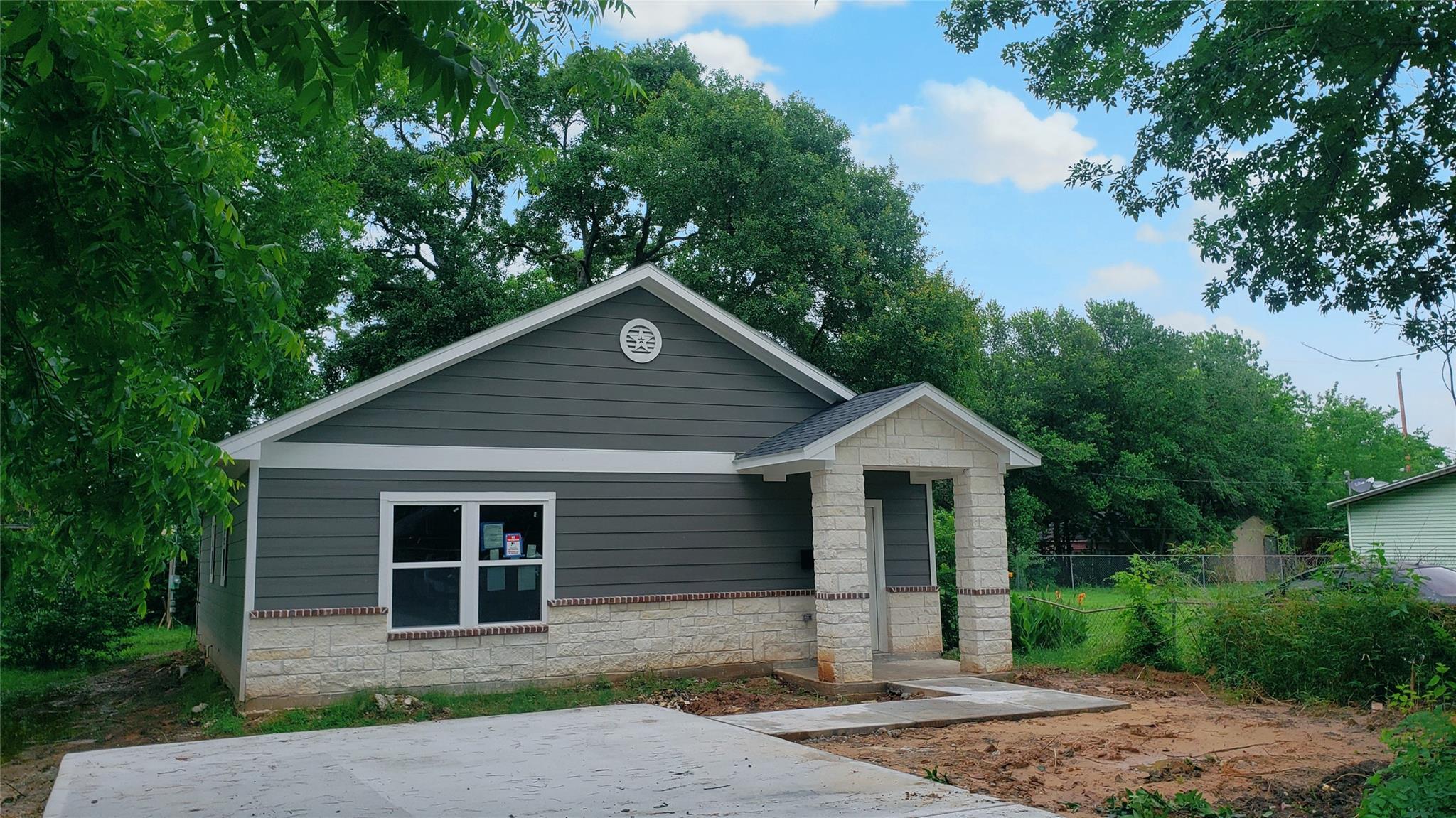6229 Cavalier Street Property Photo
