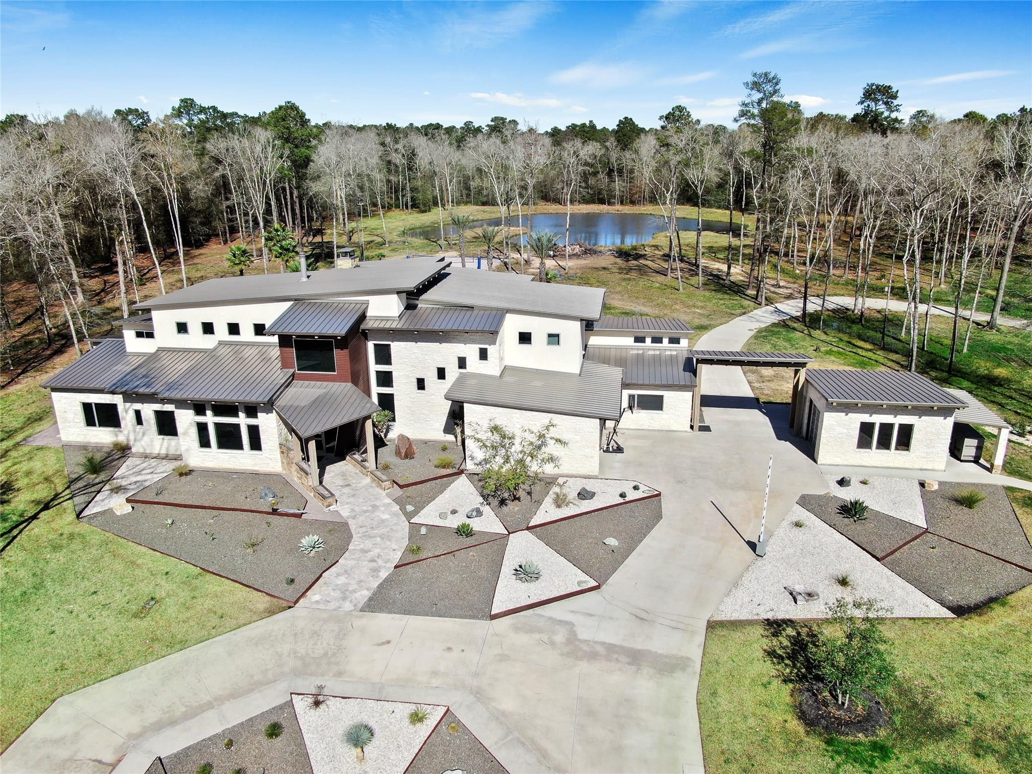 Huffman Real Estate Listings Main Image
