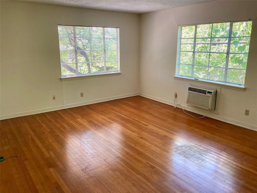 3817 Shepherd #3 Property Photo - Houston, TX real estate listing