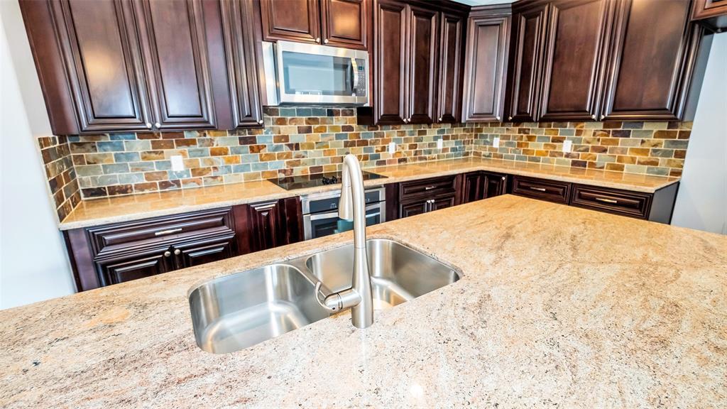 1762 W Alta Vista Street N #B, Houston, TX 77023 - Houston, TX real estate listing