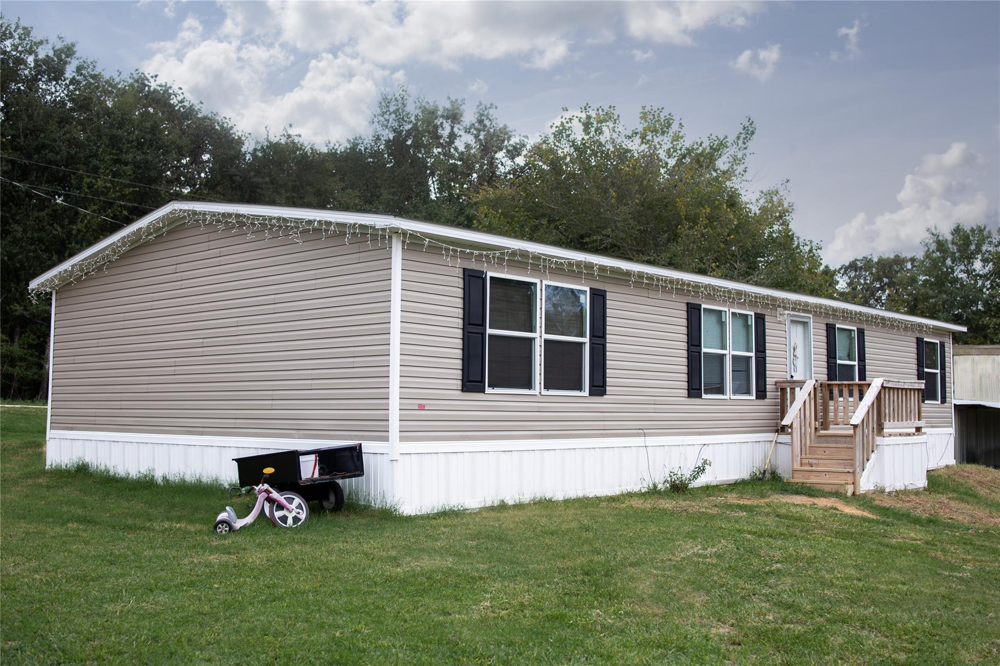 196 LCR 904 Property Photo - Jewett, TX real estate listing