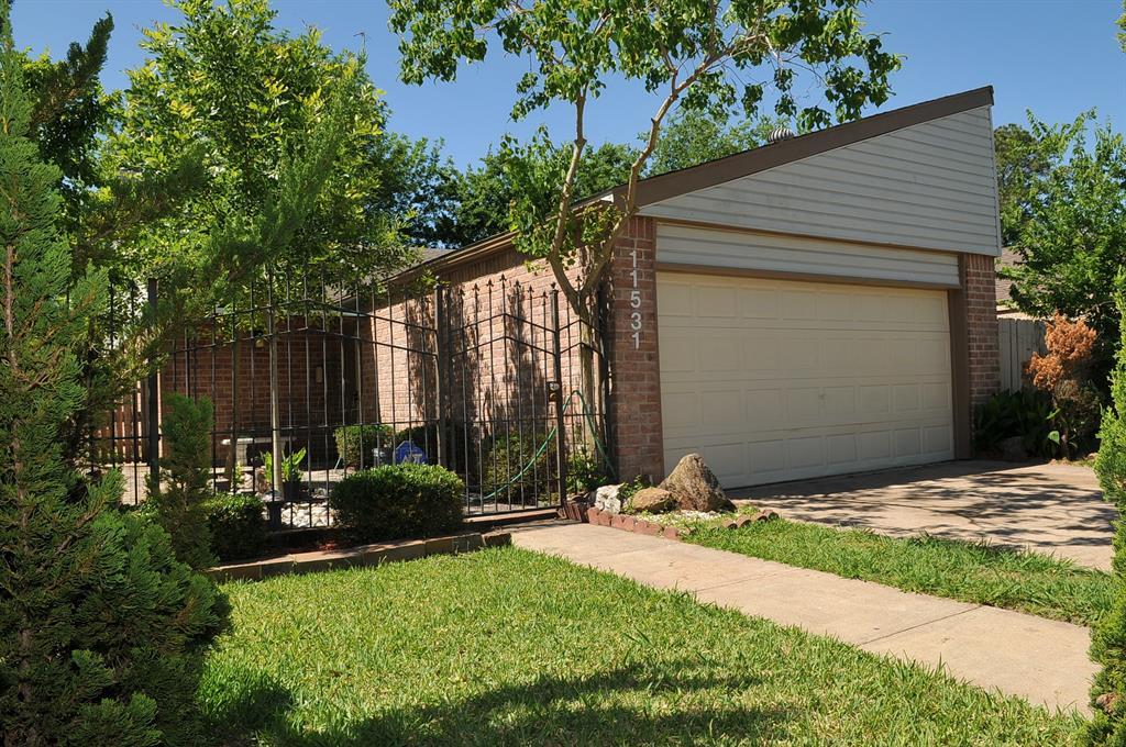 11531 Bellerive Drive Property Photo - Houston, TX real estate listing