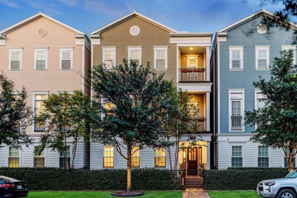 1704 Ashland Street Property Photo
