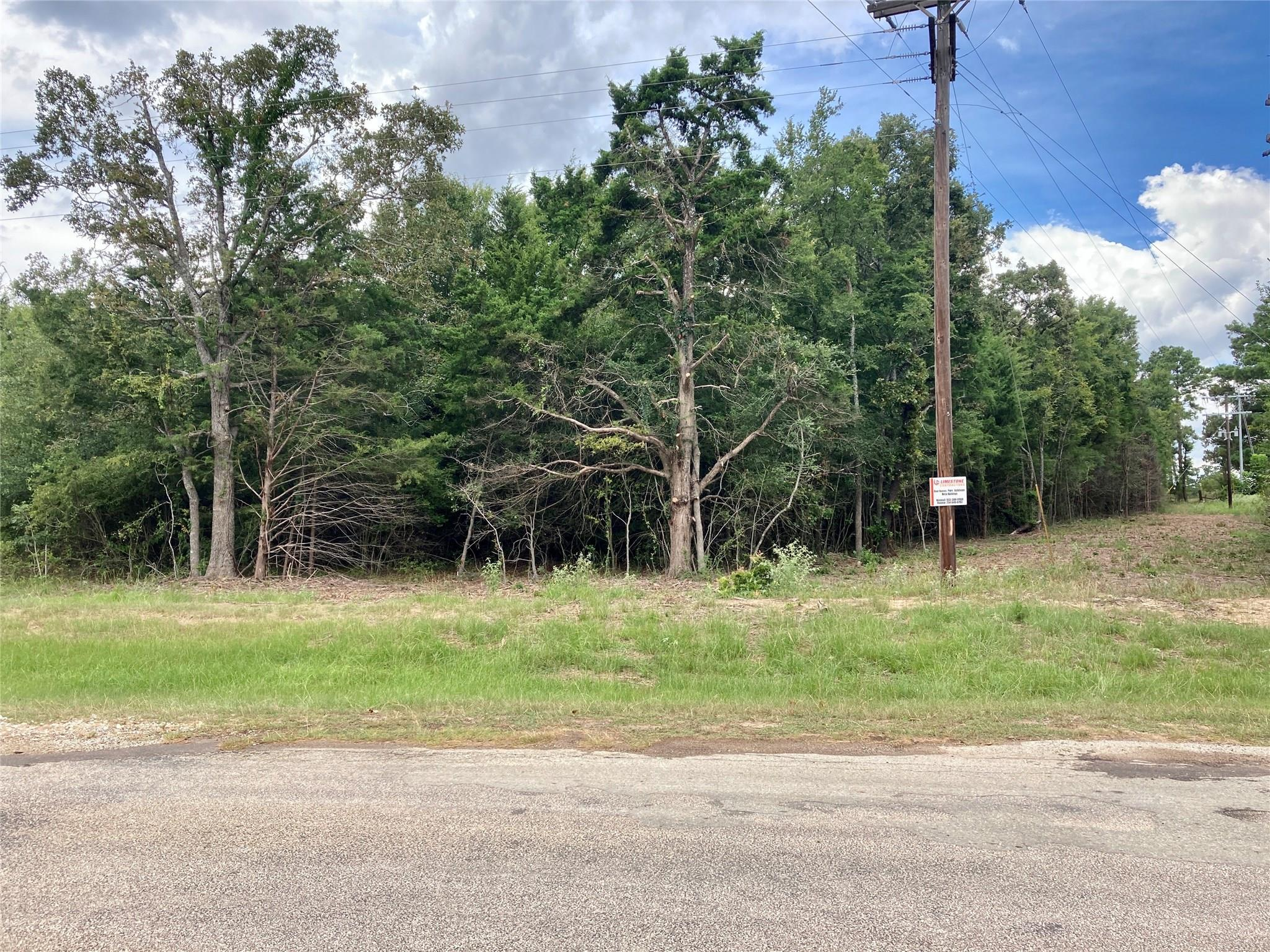 38 AC County Rd 366 Property Photo - Marquez, TX real estate listing