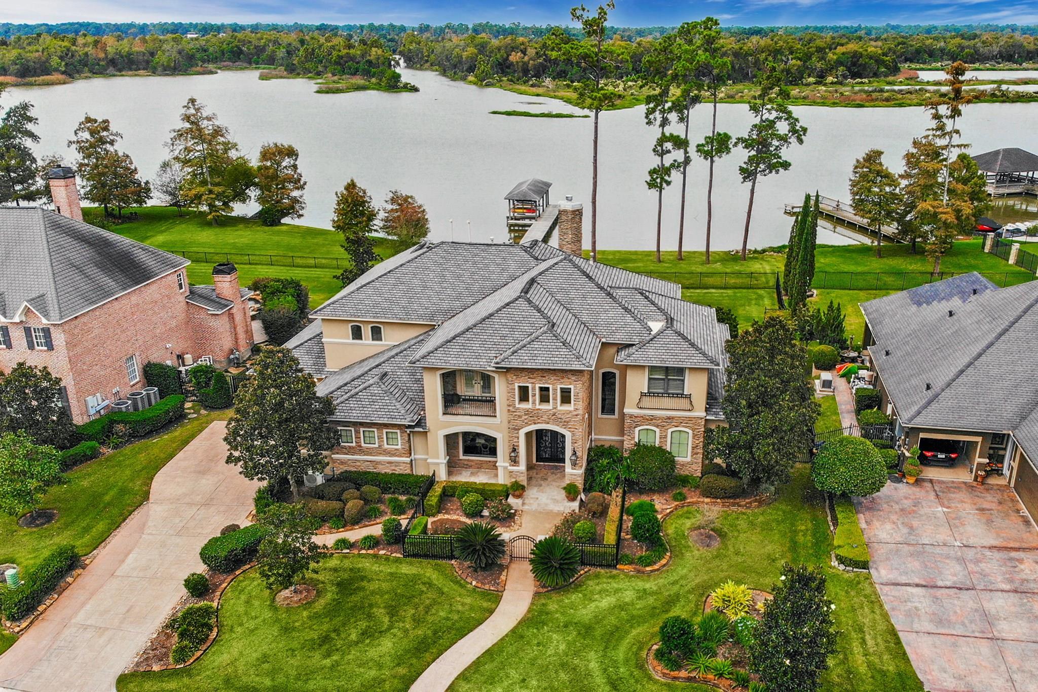 7511 Kings River Court Property Photo - Kingwood, TX real estate listing