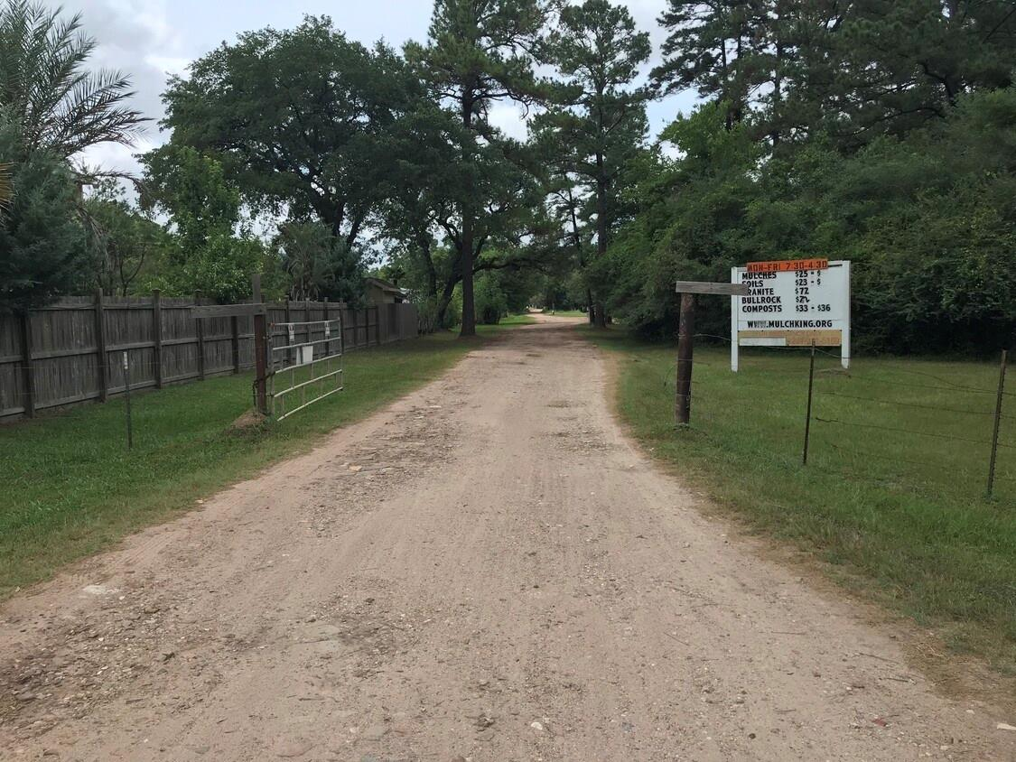 12622 Boudreaux Road Property Photo - Tomball, TX real estate listing