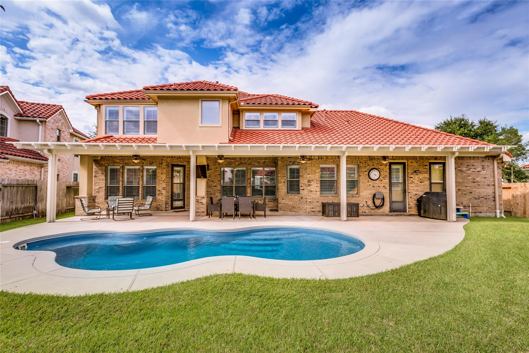 65 Cherry Hills Drive Property Photo - Jersey Village, TX real estate listing