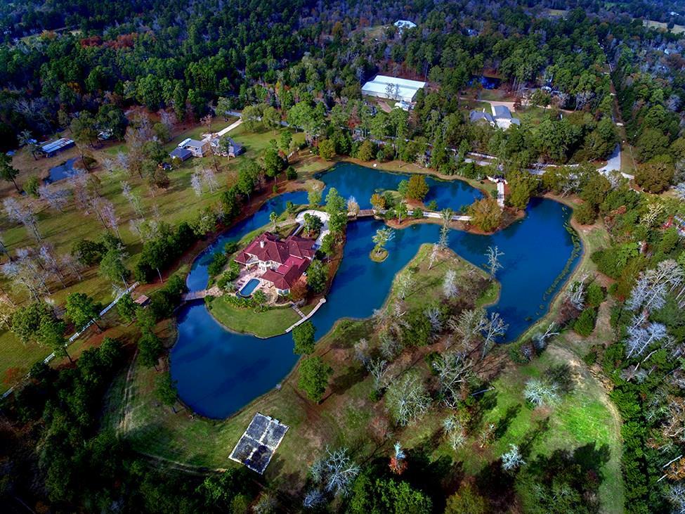9011 Breckenridge Drive, Magnolia, TX 77354 - Magnolia, TX real estate listing