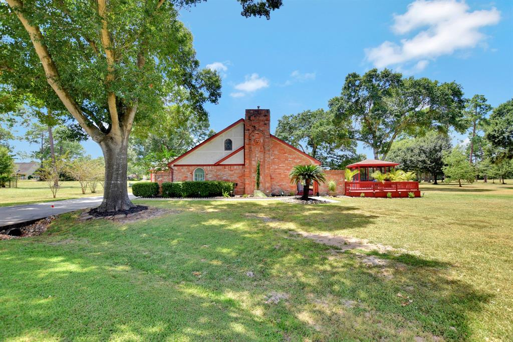 15639 Sandtrap Drive, Waller, TX 77484 - Waller, TX real estate listing