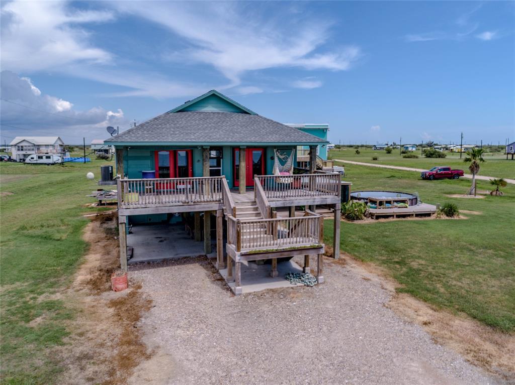 544 Seahorse Drive, Palacios, TX 77465 - Palacios, TX real estate listing