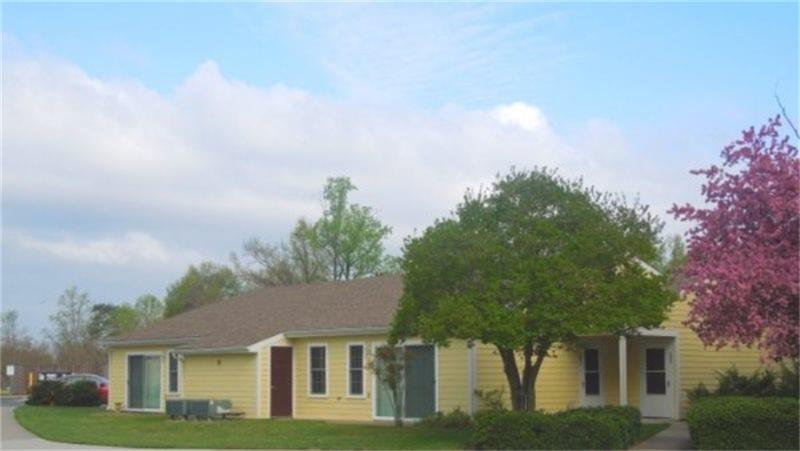 22520 Real Estate Listings Main Image