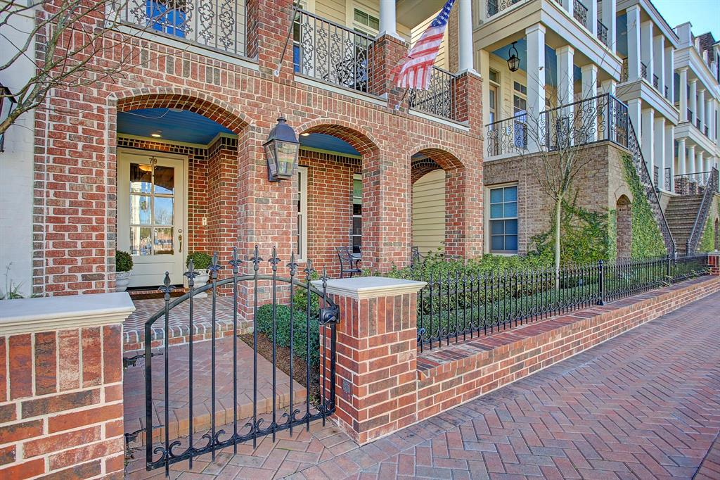 79 Crain Square Boulevard Property Photo - Southside Place, TX real estate listing