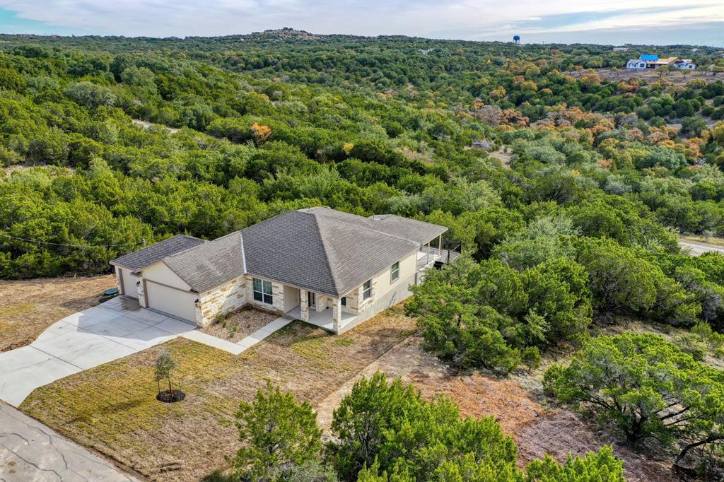 20609 Falcon, Lago Vista, TX 78645 - Lago Vista, TX real estate listing