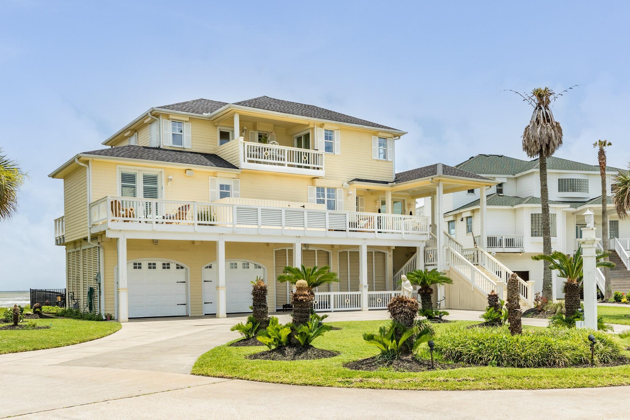 11807 Sunbather Lane Property Photo