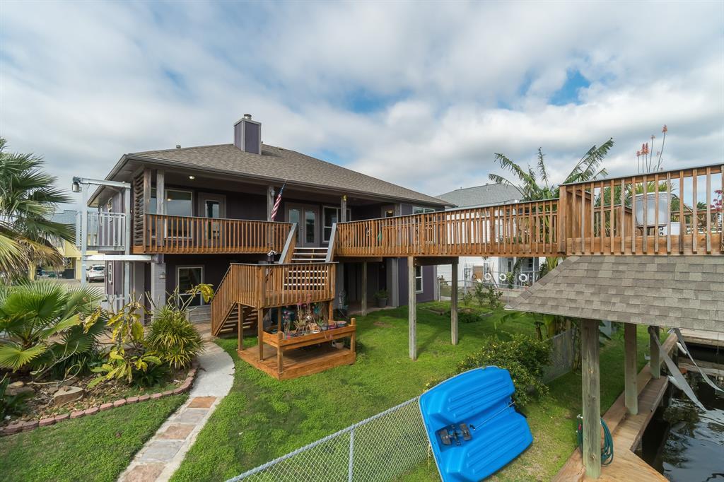 947 Bonita Street Property Photo - Bayou Vista, TX real estate listing