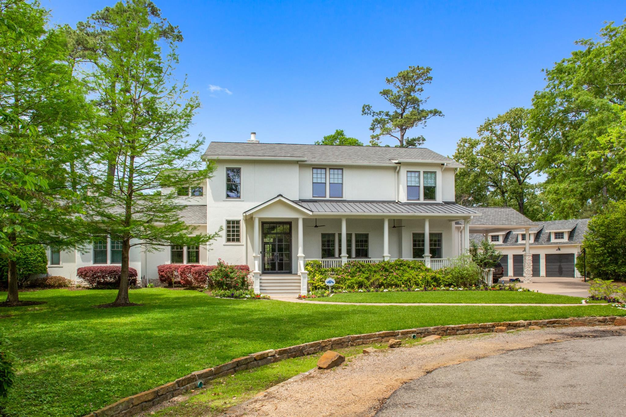 24 Real Estate Listings Main Image