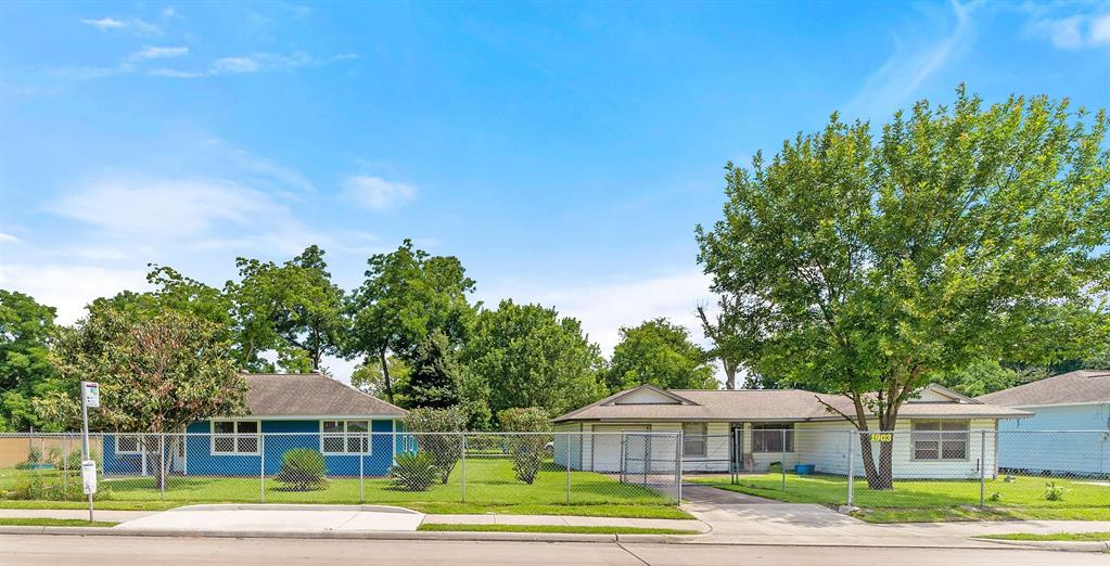 1901 & 1903 Parker Road Property Photo - Houston, TX real estate listing