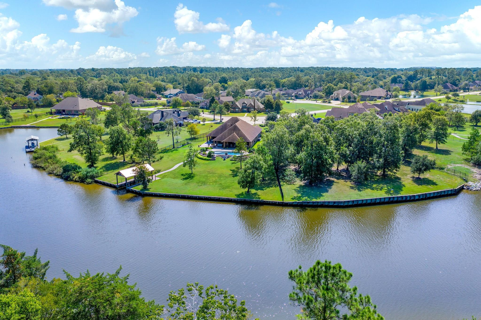 5214 Forest Cove Drive Property Photo - Dickinson, TX real estate listing