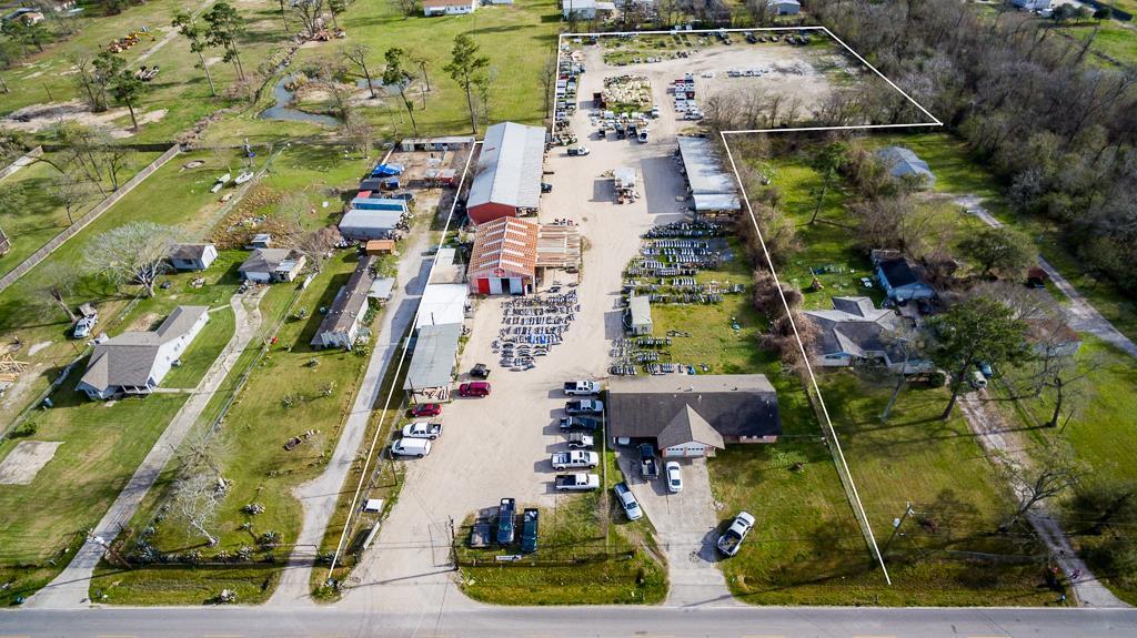 16636 Bear Bayou Drive Property Photo