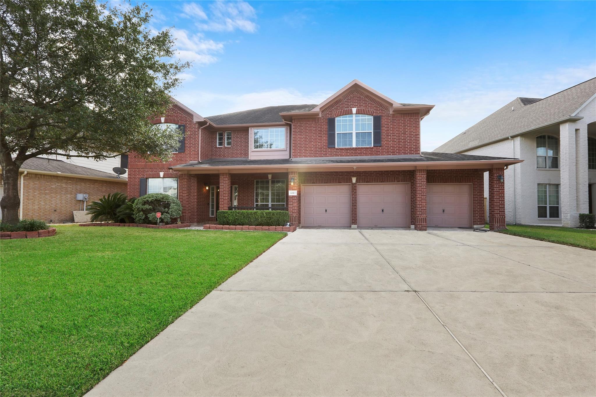 6815 Russelfield Lane Property Photo - Houston, TX real estate listing
