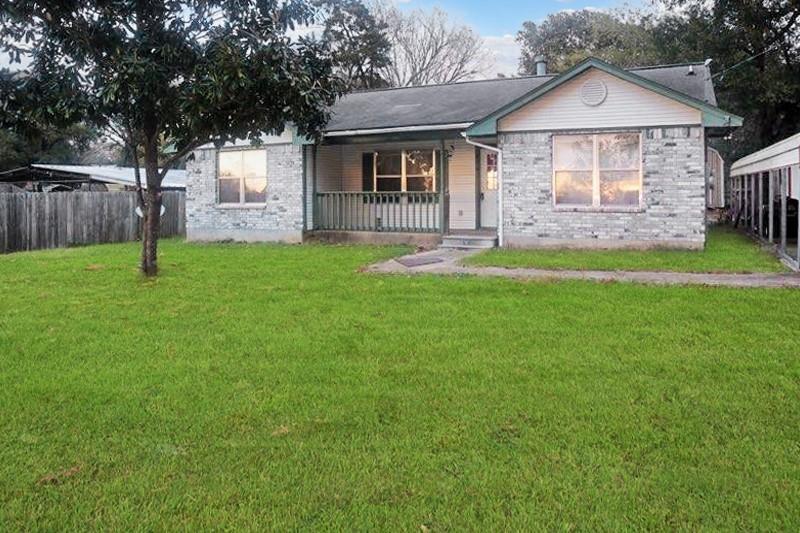 810 S Calvert Street Property Photo - Franklin, TX real estate listing