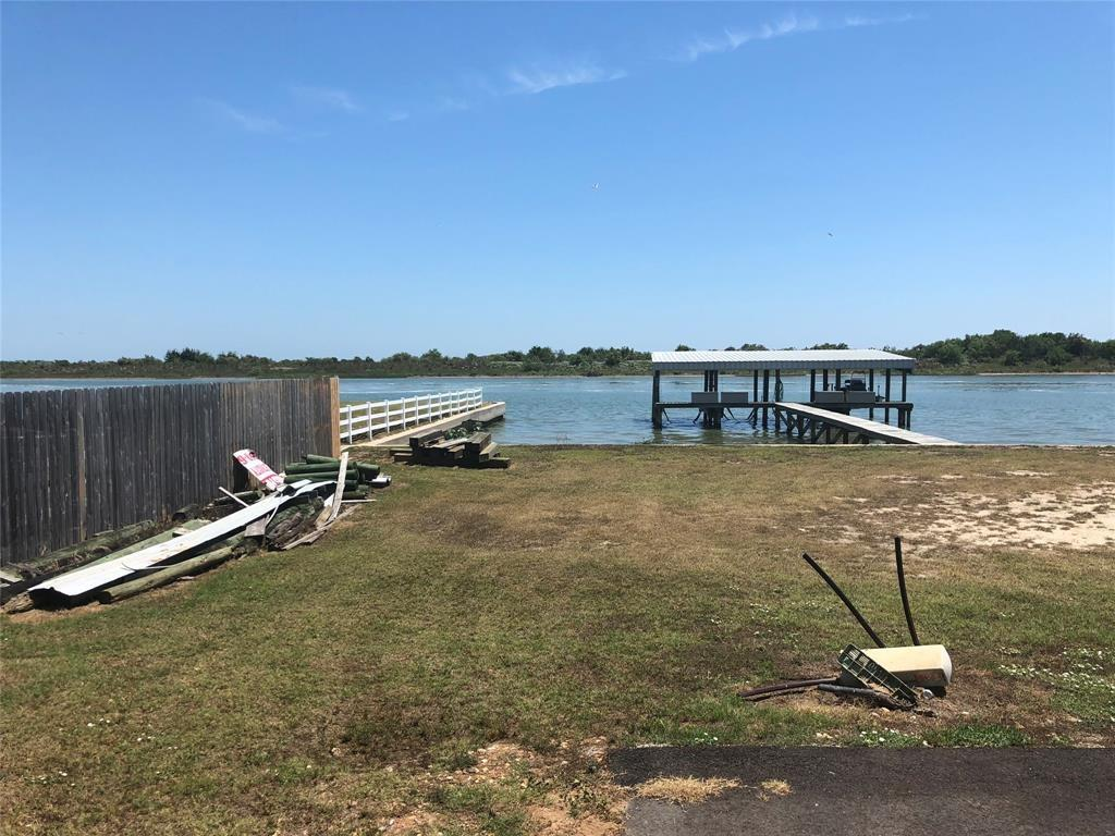 1101 W Water Street, Port O Connor, TX 77982 - Port O Connor, TX real estate listing