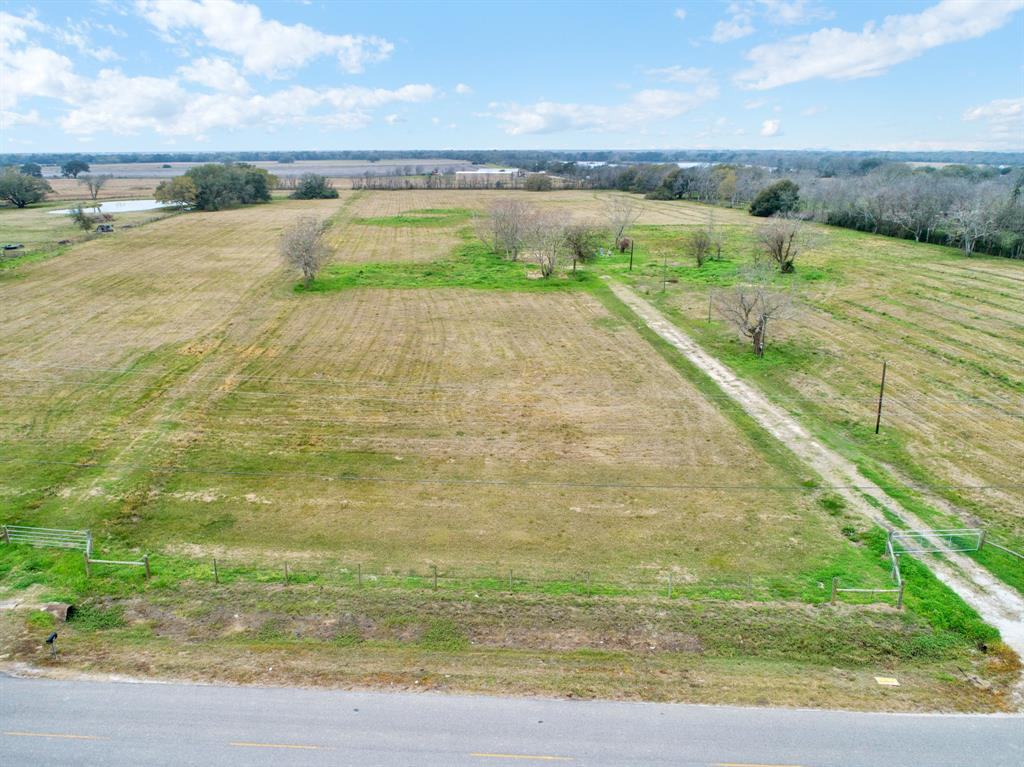 3100 County Road 209 Property Photo - Danbury, TX real estate listing