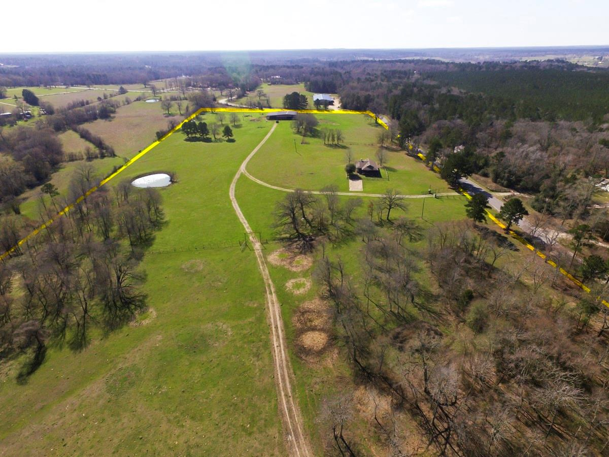 000 Roy Webb Road Property Photo - Huntsville, TX real estate listing