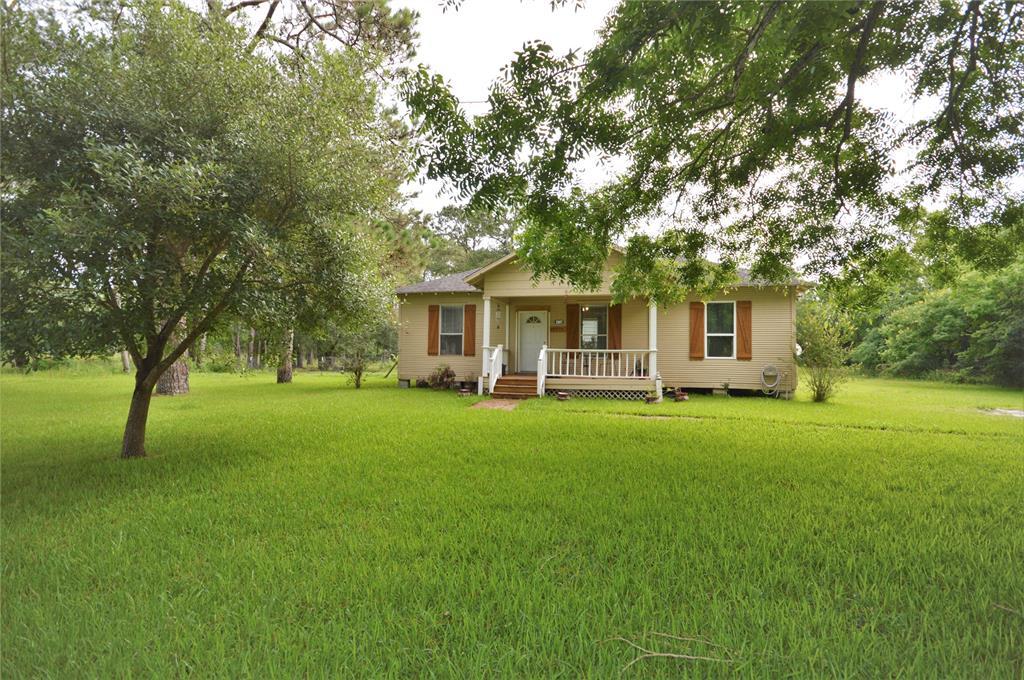 2907 Saint Anne Street Property Photo - Liverpool, TX real estate listing