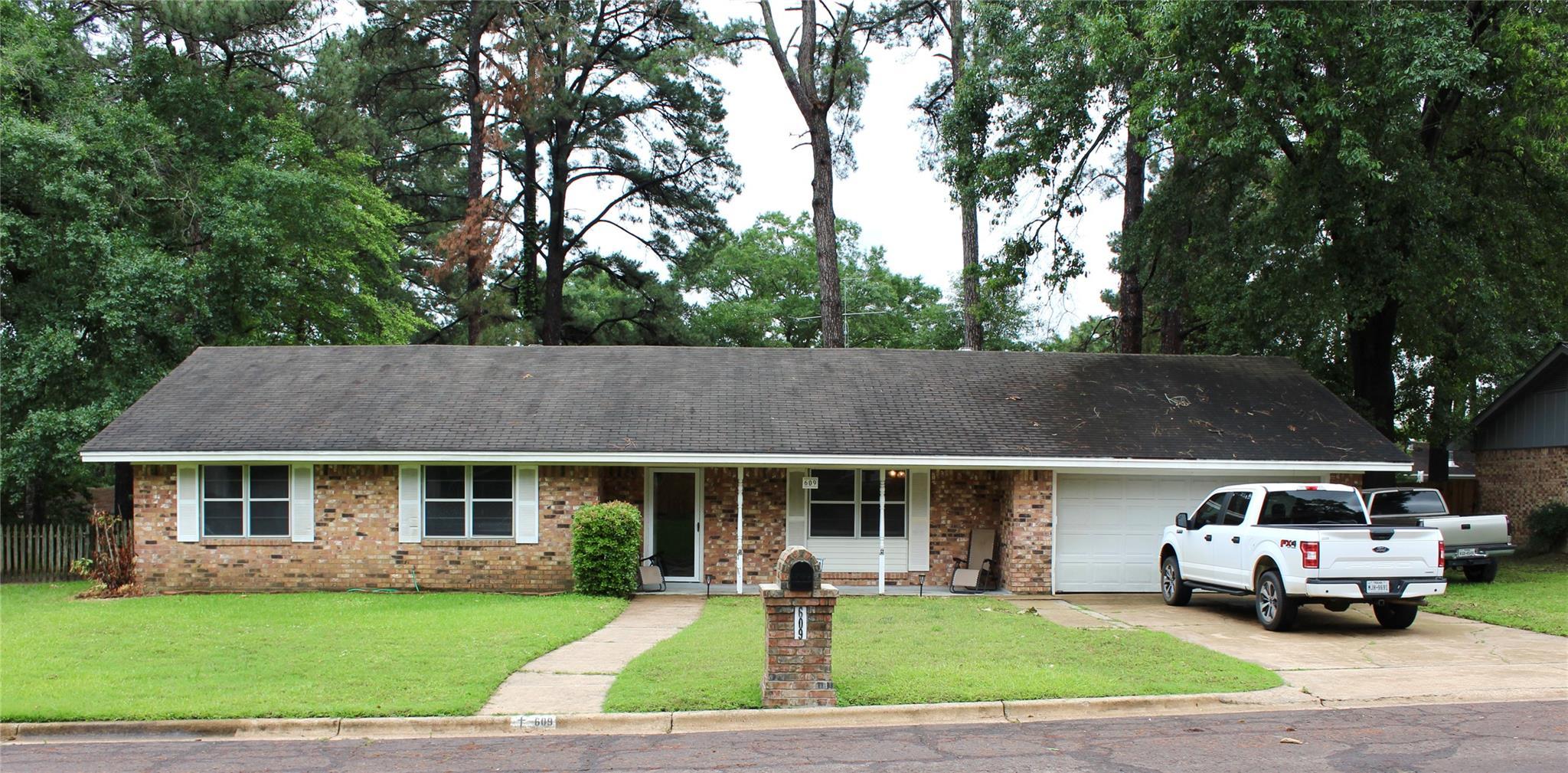 609 Egret Drive Property Photo 1