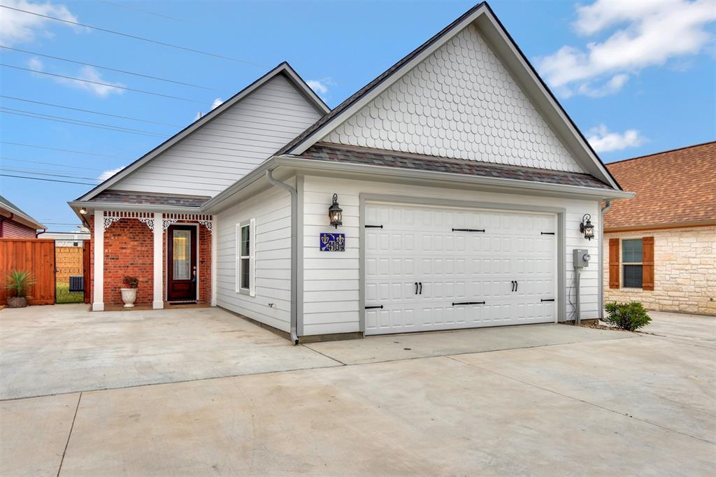 4104 S Texas Avenue Property Photo - Bryan, TX real estate listing