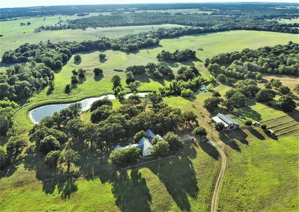 10377 N Highway 77 Property Photo - Lexington, TX real estate listing