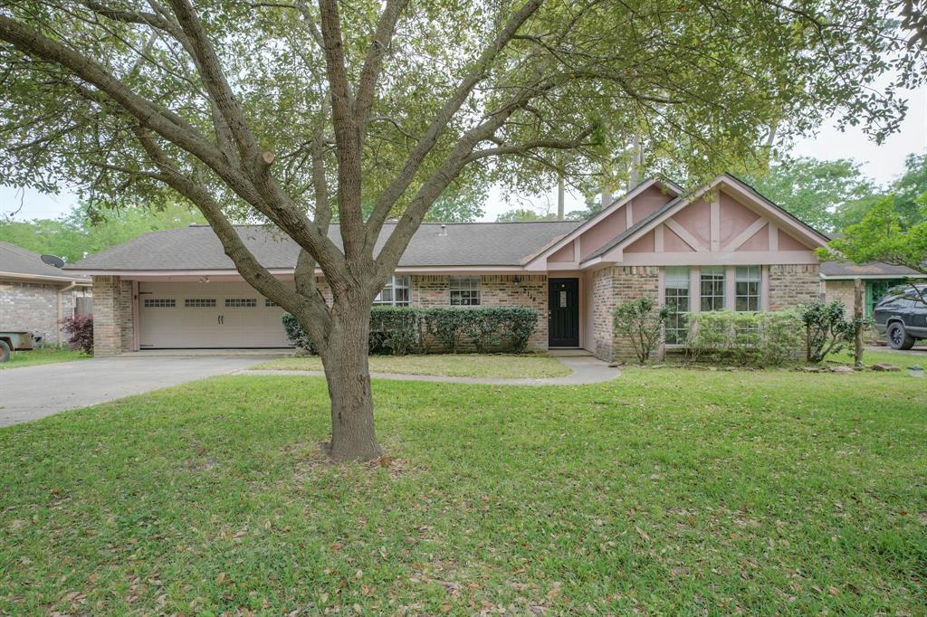 2114 Woodway Drive, Woodbranch, TX 77357 - Woodbranch, TX real estate listing