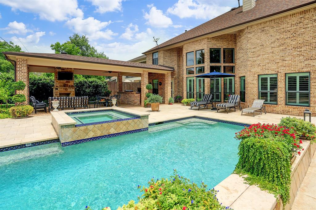 1627 Latexo Drive Property Photo - Houston, TX real estate listing