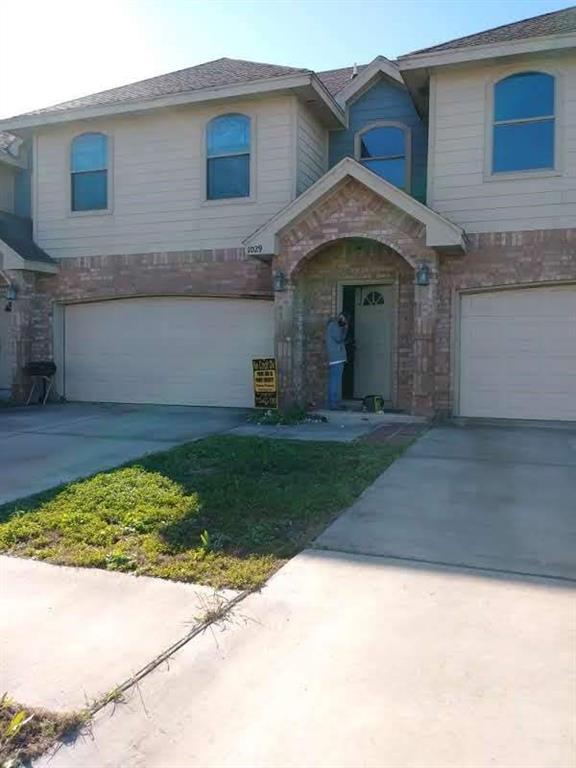 1029 Yellow Hammer Street, Rio Grande City, TX 78582 - Rio Grande City, TX real estate listing