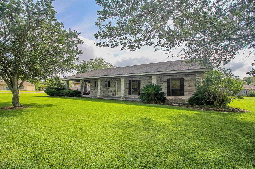 13678 Hamshire Road Property Photo - Hamshire, TX real estate listing