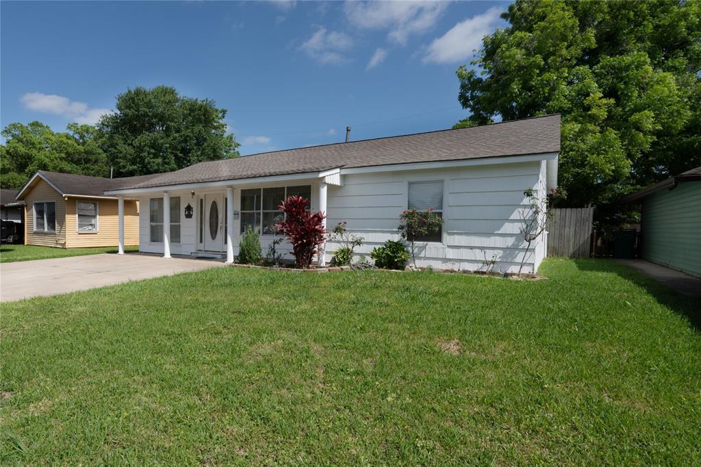 2111 Marshall Street Property Photo - Pasadena, TX real estate listing