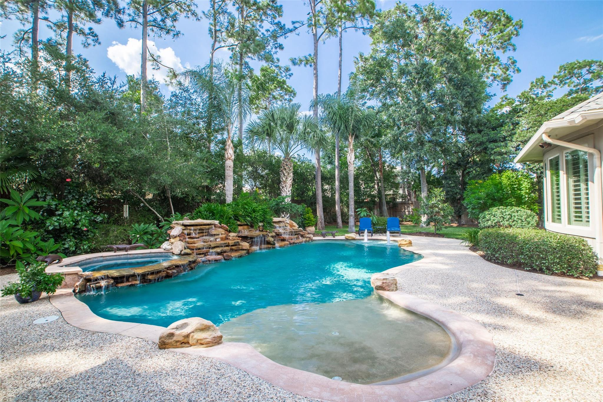 16623 Churchhill Falls Court Property Photo - Spring, TX real estate listing